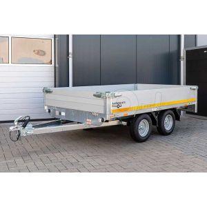 Plateauwagen 260x150, bruto 750kg (448 netto), laadvloerhoogte 56cm, 30 cm aluminium borden, banden 145/80R10, tandemas