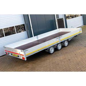 Multitransporter drieasser 456x220, bruto 3500kg (ca. 2616 netto), laadvloerhoogte 63cm, 30cm aluminium borden, lier en oprijplaten, banden 195/50R13, 3 x 1350kg as
