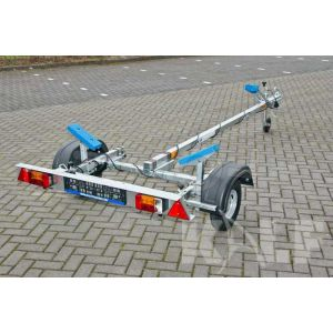 "Motorboottrailer basic 400x160 (lxb), bruto 450kg (325 netto), met motorbootpakket, banden 13"", enkelas"