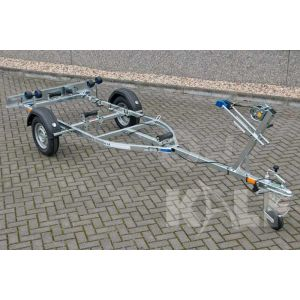 "Motorboottrailer basic kantelbaar 450x160 (lxb), bruto 600kg (450 netto), met motorbootpakket, banden 13"", enkelas"
