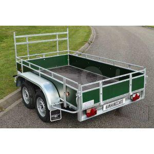 Aanhangwagen 307x150 (lxb bak), bruto (2x) 750Kg (440 netto), borden groen fins betonplex, bodemplaat betonplex, banden 155R13, tandemas