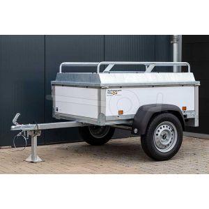 """Bagagewagen 150x110x50 (lxbxh bak), 750kg (570 netto). Witte kunststof panelen, banden 13"""", enkelas"""