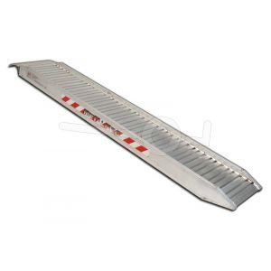 Aluminium oprijplaat Metalmec M115/45. Afmeting 450x36cm. Maximaal draagvermogen 900kg.