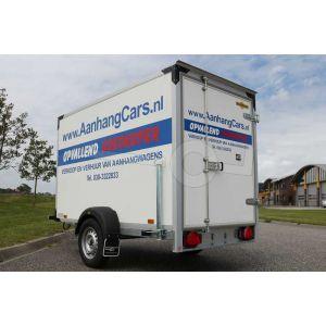 Verhuur gesloten aanhangwagen, Bakafmeting 251x132x152 (lxbxh), Netto laadvermogen 365kg (B rijbewijs), 1 dagdeel