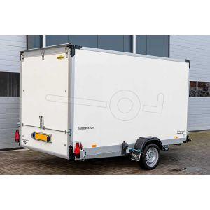 """gesloten hydraulisch zakbare bakwagen, 310x177x180(lxbxh), bruto 1350kg(709netto), oprijhoek 4º, witte 15mm plywood wanden en opgaande achterklep, vloerhoogte 42cm, banden 13"""", enkelas"""