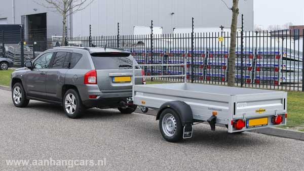 SUV personenwagen met enkelas aluminium open aanhangwagen